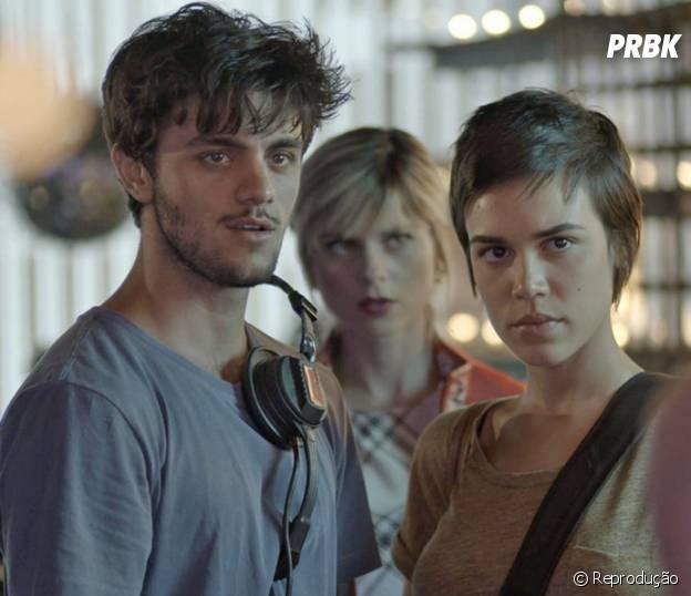 """De """"Totalmente Demais"""": Jonatas (Felipe Simas) tem DR com Elisa (Marina Ruy Barbosa) na boate!"""
