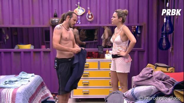 """No """"BBB16"""", Ana Paula tira satisfações com Tamiel sobre voto em Ronan"""
