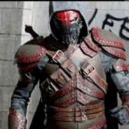"""Em """"Gotham"""": na 2ª temporada, Azrael aparece pela primeira vez e revela grande segredo!"""