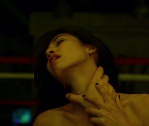 """De """"Demolidor"""": segunda temporada terá a chegada de Elektra (Elodie Yung), antigo romance de Matt (Charlie Cox) e casal promete pegar fogo!"""