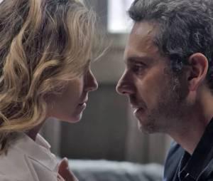 """Novela """"A Regra do Jogo"""": Atena (Giovanna Antonelli) e Romero (Alexandre Nero) se encontram após suposta morte!"""