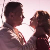 """Novela """"Totalmente Demais"""": Arthur tenta beijar Eliza (Marina Ruy Barbosa), mas é rejeitado!"""