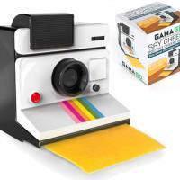 """Diga """"Xis!"""": veja o cortador de queijo que parece uma câmera Polaroid"""