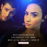 """Demi Lovato e Nick Jonas fazem chat no Facebook e cantora revela: """"Já fiquei 3 dias sem banho"""""""