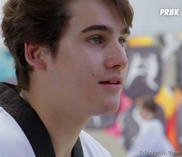 """Novela """"Malhação"""": Rodrigo (Nicolas Prattes) não acredita em revelação de Samurai (Felipe Titto) sobre Ciça (Julia Konrad)"""