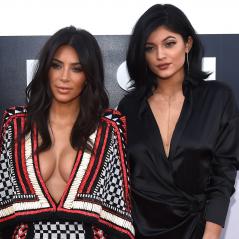 """Kim Kardashian e Kylie Jenner brigadas? Esposa de Kanye West desmente boatos: """"Rimos muito disso"""""""