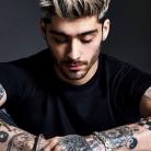 "Zayn Malik, ex-One Direction, prepara novo clipe do álbum ""Mind Of Mine"" e posta foto dos bastidores"