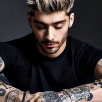 "Zayn Malik, ex-One Direction, prepara novo clipe do álbum ""Mind Of Mine"" e posta foto dos bastidores"