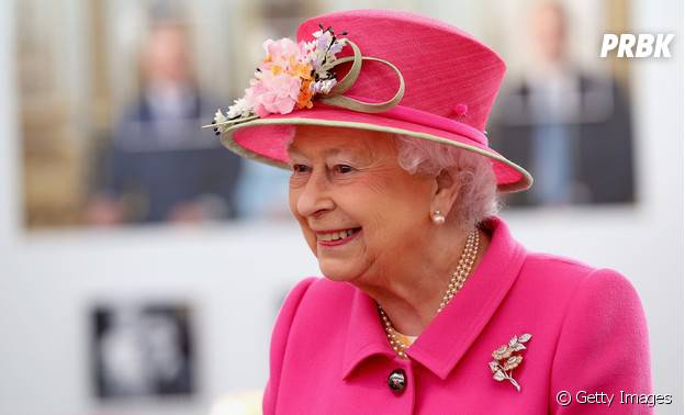Elizabeth II é uma das celebridadesdo signo de Touro