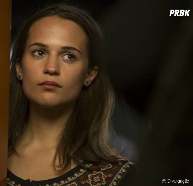 "Alicia Vikander é confirmada no papel de Lara Croft no novo ""Tomb Raider"""