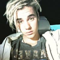 """Justin Bieber é acusado de se comparar a Deus no Instagram e desabafa: """"Vocês só querem audiência"""""""