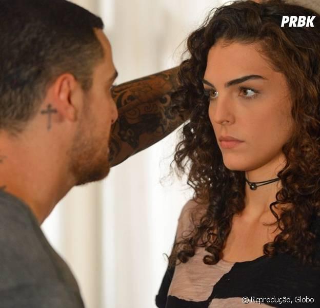 """Em """"Malhação"""", Ciça (Julia Konrad) é dopada por Samurai (Felipe Titto) e recebe ameaça!"""