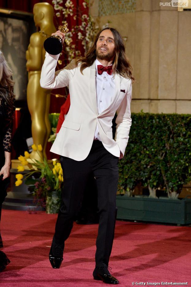 """Jared Leto ganhou a categoria de """"Melhor Ator Coadjuvante"""" do Oscar 2014"""