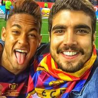 Neymar Jr. e Caio Castro fazem selfie após partida de futebol em Madri e fãs piram nas redes sociais