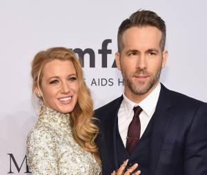 Casal lindo! Ryan Reynolds e Blake Lively começaram a sair no finalzinho de 2011