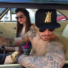 E a mulherada vibra! Felipe Titto posa sem camisa e exibe tattoos