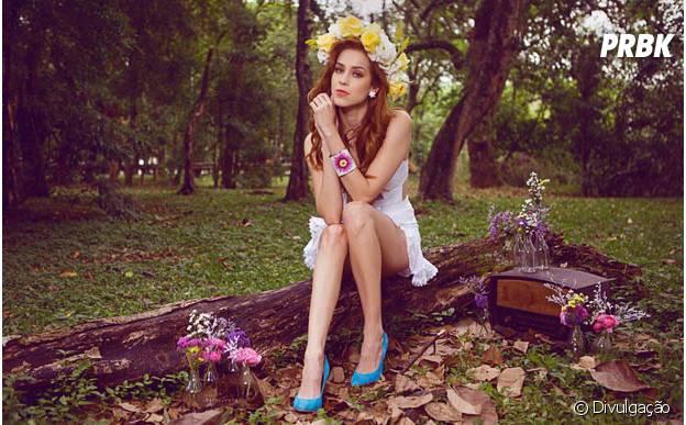Sophia Abrahão trabalha em sua carreira na tv, cinema, música e literatura