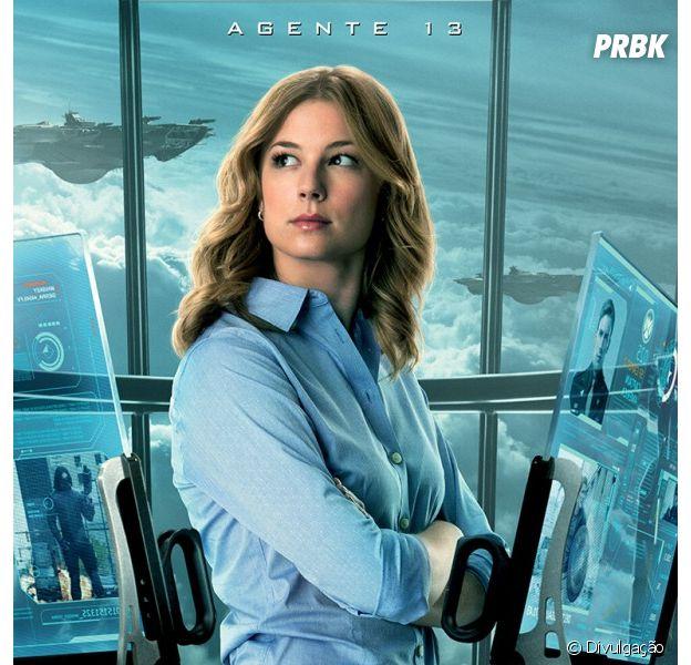 """Emily VanCamp como Sharon Carter, também conhecida como Agente 13, em cartaz de """"Capitão América 2 - O Soldado Invernal"""""""