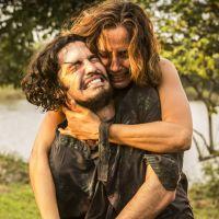 """Novela """"Velho Chico"""": Miguel (Gabriel Leone) descobre que é filho de Santo e se revolta!"""