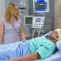 """Final """"Cúmplices de um Resgate"""": Regina (Maria Pinna) droga Rebeca para tentar matar Otávio!"""