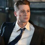 """Em """"Gotham"""": na 3ª temporada, Jim Gordon luta contra monstro em novas fotos!"""