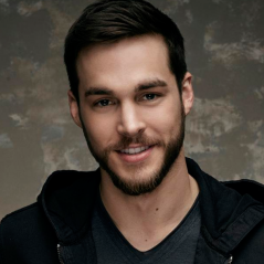 "De ""Supergirl"": na 2ª temporada, Chris Wood, de ""The Vampire Diaries"", ganha papel misterioso!"
