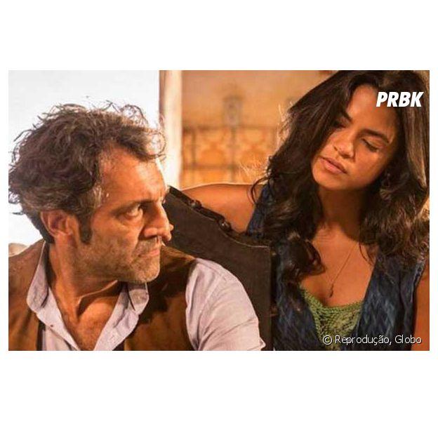 """Em """"Velho Chico"""", Luzia (Lucy Alves) conta que Santo (Domingos Montagner) não é pai de Olívia (Giullia Buscacio)"""