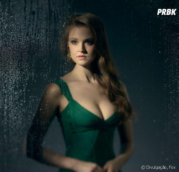 """De """"Gotham"""", confira aparência de Hera Venenosa (Maggie Geha) na 3ª temporada!"""