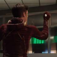 """Em """"The Flash"""": na 3ª temporada, Barry (Grant Gustin) aparece no passado em novo trailer!"""