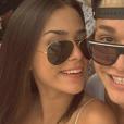 Foto com namorado vale sorrisão, né? MC Gui e Luiza Cioni dão show!