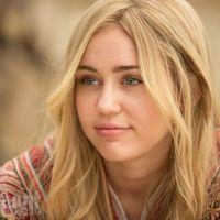 "Miley Cyrus aparece vestida de hippie em ""Crisis in Six Scenes"", nova série do diretor Woody Allen!"