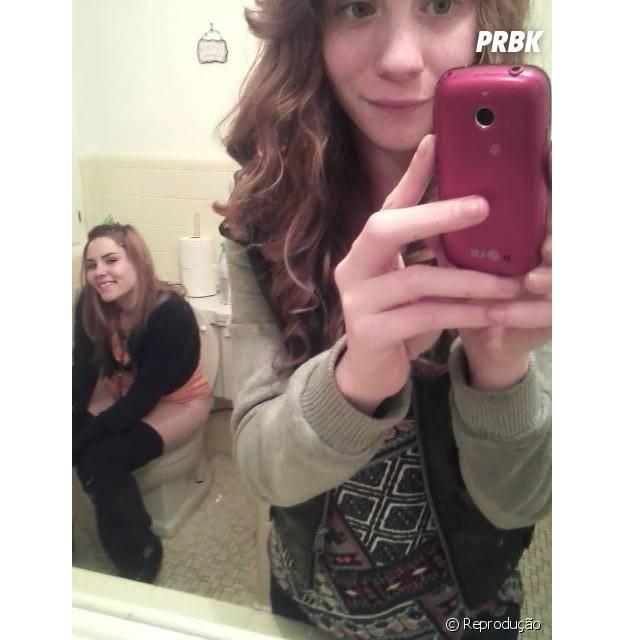 As selfies no espelho do banheiro são perigosas