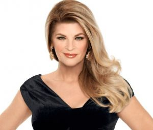 "Em ""Scream Queens"", Kirstie Alley é escalada como recorrente na 2ª temporada"