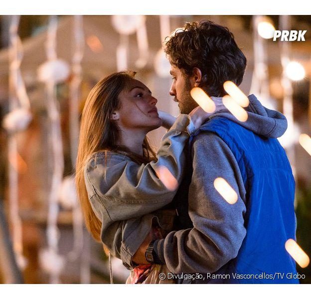 """Em """"A Lei do Amor"""", Heloísa (Isabelle Drummond) e Pedro (Chay Suede) farão sexo pela primeira vez"""