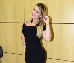 """Maria Claudia, do """"BBB16"""", está solteira desde agosto"""