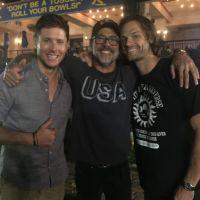 """De """"Supernatural"""" e """"The Walking Dead"""": Jensen Ackles e Jeffrey Dean Morgan brincam na internet!"""