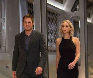 """""""Passageiros"""", com Jennifer Lawrence e Chris Pratt, estreia em janeiro de 2017"""