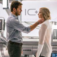 """Jennifer Lawrence e Chris Pratt aparecem em novas imagens de """"Passageiros"""". Confira!"""