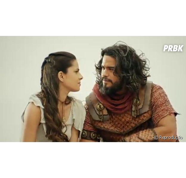 Josué (Sidney Sampaio) impede Adonizedeque (Mário Frias) de acertar Aruna (Thais Melchior) com espada