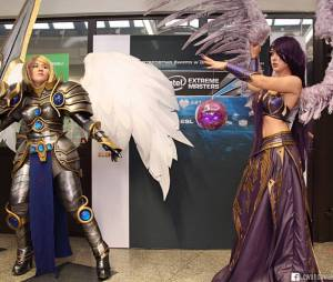 """League Of Legends"": Cosplay da Morgana e da Kayle"
