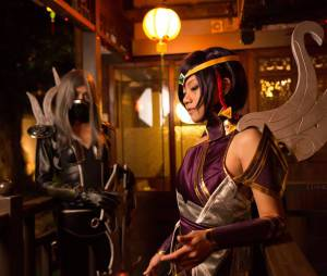 """League Of Legends"": Cosplay Irelia Lâminas Noturnas e Karma"