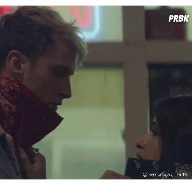 """Camila Cabello e Machine Gun Kelly vão viver um romance explosivo no clipe do single 'Bad Things"""""""