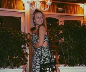 Larissa Manoela curte férias em Miami e arranca elogios dos fãs
