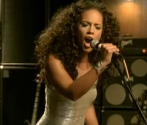 "Alicia Keys - ""No One"""