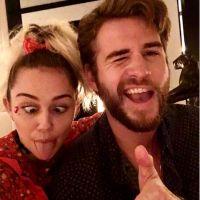 Miley Cyrus e Liam Hemsworth: o casal que não combina nada mas todo mundo ama shippar!