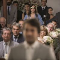 """Novela """"A Lei do Amor"""": Isabela (Alice Wegmann) reaparece no casamento de Tiago e Letícia!"""