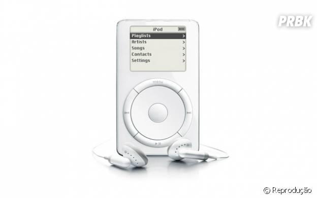 iPod foi um dos aparelhos de mais sucesso da Applee que revolucionou a indústria fonográfica