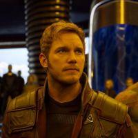 """De """"Guardiões da Galáxia 2"""": com Chris Pratt e Zoe Saldana, filme ganha novo trailer e imagens!"""