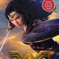 """De """"Mulher-Maravilha"""": novo pôster mostra a heroína em combate e diretora faz revelação!"""