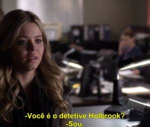 "Alison (Sasha Pieterse) se entrega para a polícia em ""Pretty Little Liars""!"
